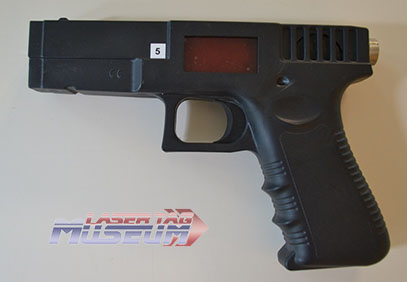 Action Tag G17